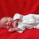 Baby Lukas geboren im Geburtshaus Marburg